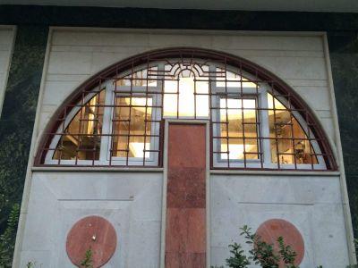 تولید و نصب پنجره در اشکال شکسته و هلالی